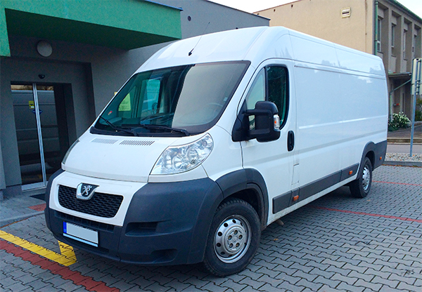 dodávka Peugeot Boxer autopůjčovny Proncar