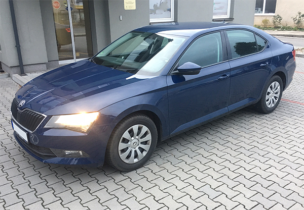 Škoda Super III autopůjčovny Proncar